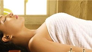 Scegli il tuo Massaggio: Ayurvedico